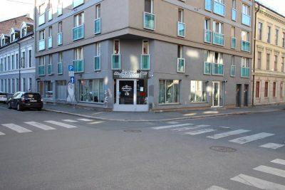 Oslo Sentrum - Næringsseksjon med 2 lokaler til salgs.