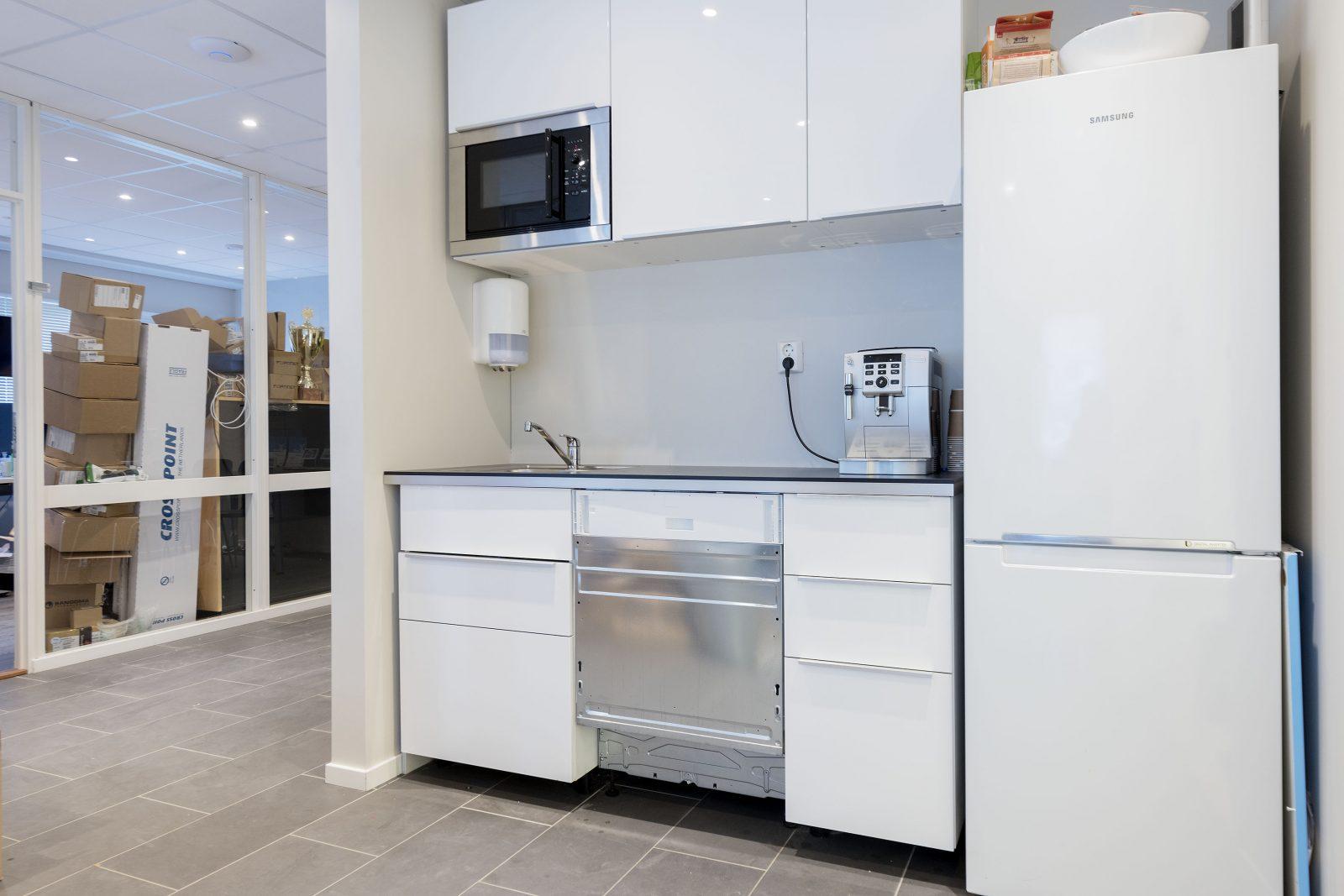 Kjøkken i kontordel/lager ca. 142 kvm