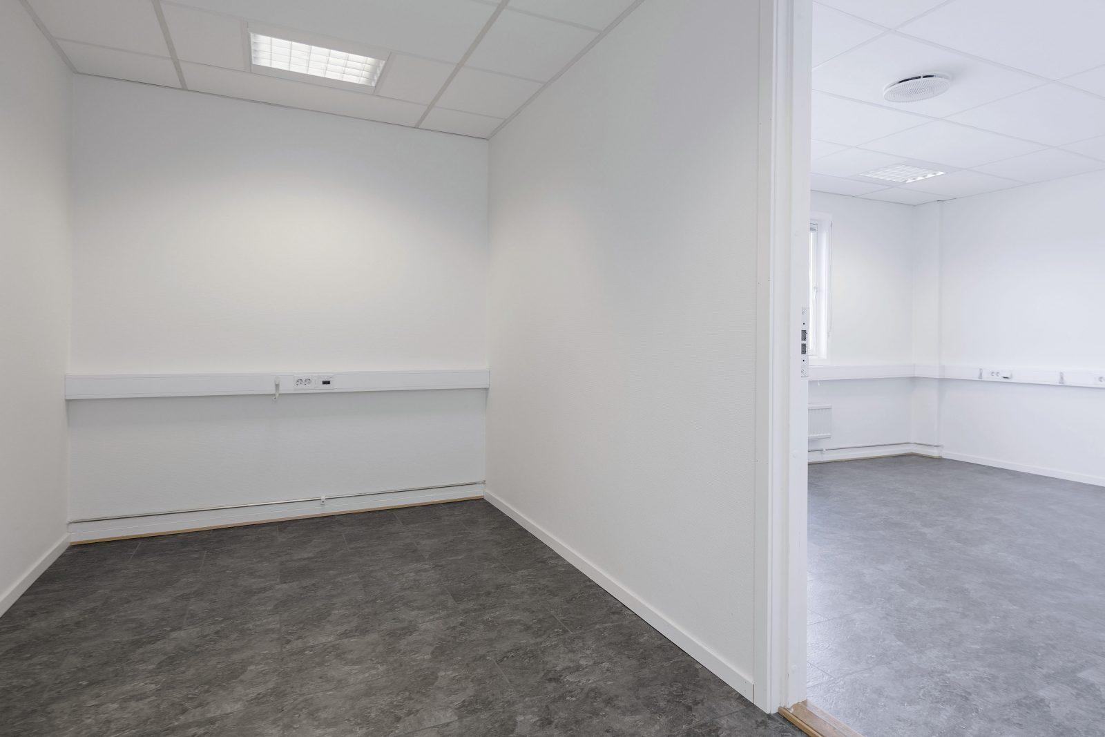 Enkeltstående kontor / felles venterom