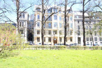 Sentrum/Grev Wedels Plass: Attraktive kontorlokaler til leie på ca.  190 bta. Sentral beliggenhet.
