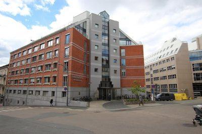 Holbergs plass - Kontorlokale til leie. Kantine - Parkering.