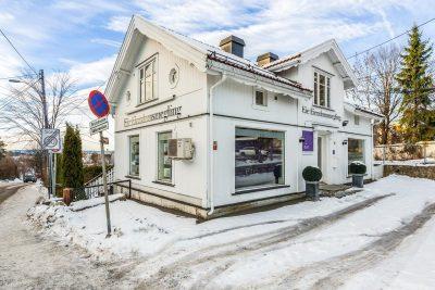 Vækerø/Ullern: Hyggelig kontorvilla til leie. Areal fra ca. 23 - 232,5 kvm.