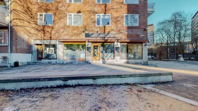 Tøyen: Hyggelig Kafé/resturant/butikklokale på 148 kvm BTA. til leie.
