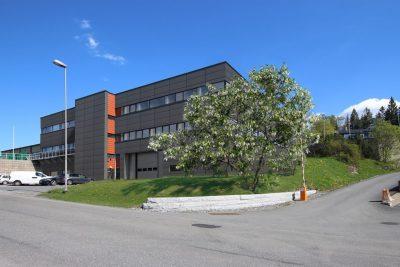 Lørenskog:  Skreddersydde lokaler til leie areal fra ca. 100 til 2.450 kvm BTA. Rett v/grensen til Oslo.
