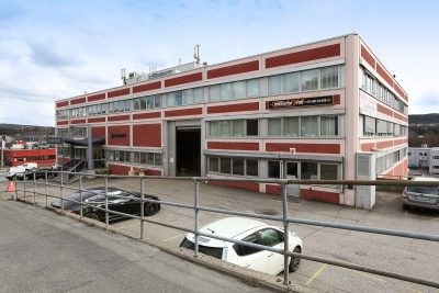 Kaldbakken/Alna: Ledig lager m/tilhørende kontor/showroom