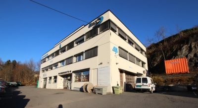Billingstad - Ledig forretnig, kontor og lagerlokaler. BTA 100 - 1000 kvm. Gunstig leie.