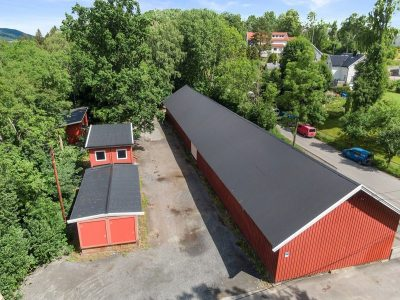 Furuset - Lager, kontor, uteområde og ev. bolig/hybler til leie.