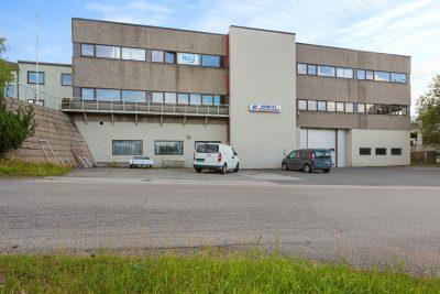 Lørenskog: Skreddersydde lokaler til leie areal fra ca. 100 til 1.347 kvm BTA. Rett v/grensen til Oslo.