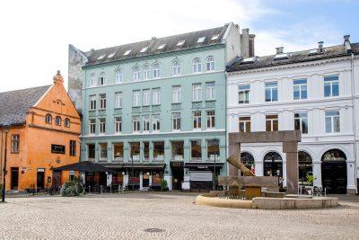 Rådhusgata 30: Ledige kontorlokaler til gunstige betingelser. Meget god beliggenhet på Christiania Torv.